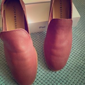 Lucky Cahill leather flats loafer, 6M